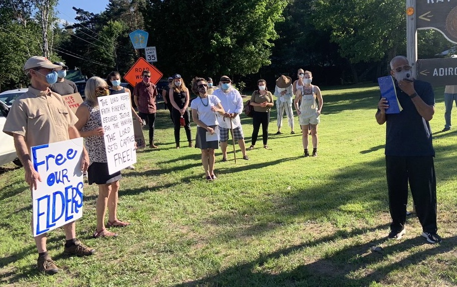 protest in front of adirondack correctional facility